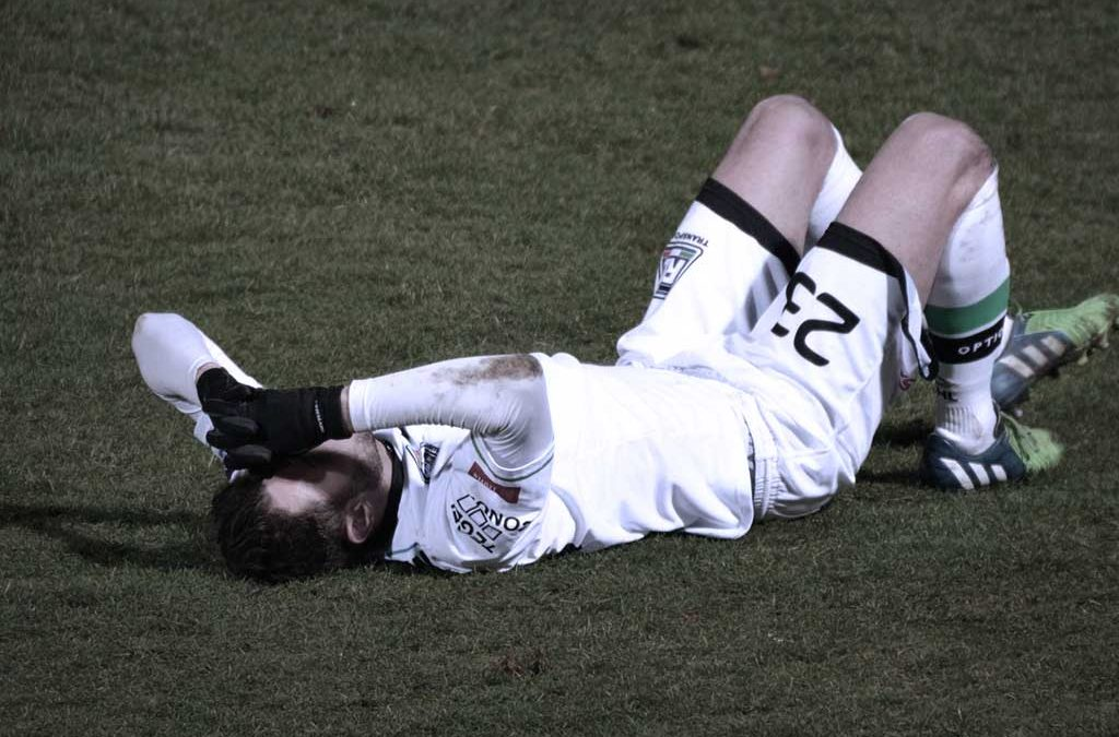 Injuried soccer player
